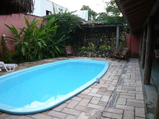 Hotel Pousada Guarana : Poolside