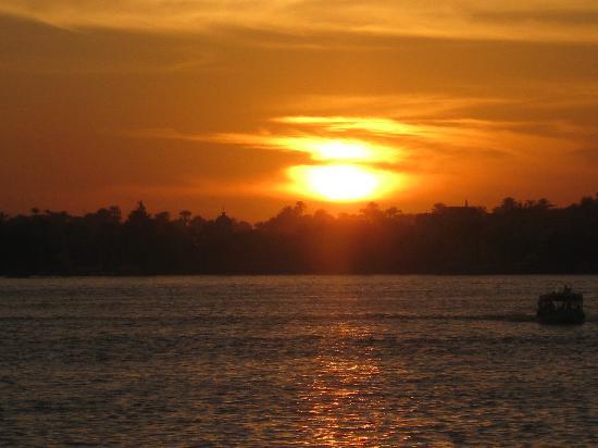 Saint Joseph Hotel: sunset
