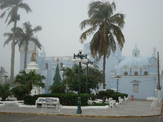 Casa De La Luz: The main square of Tlacotalpan