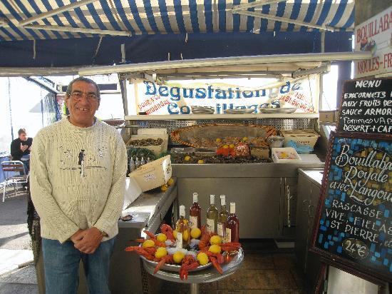 La Cuisine au Beurre : Fresh seafood on display
