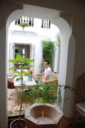 Riad Safa: waiting for breakfast