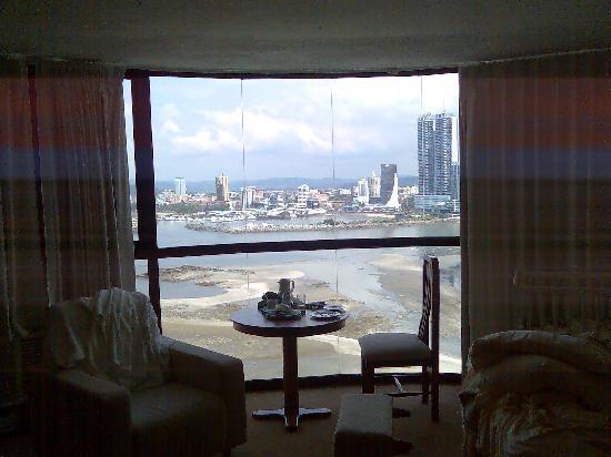 Plaza Paitilla Inn: Breakfast view