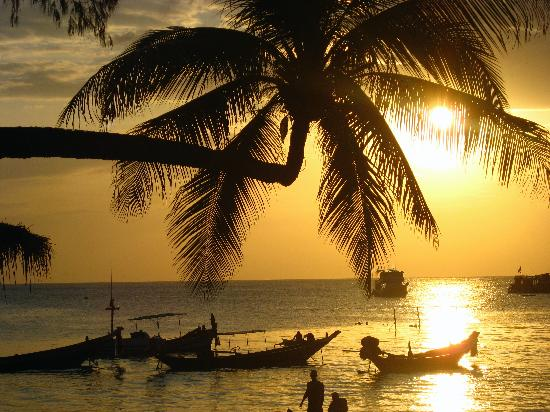 Silver Sands Beach: Ahhh Thai Sunsets :)