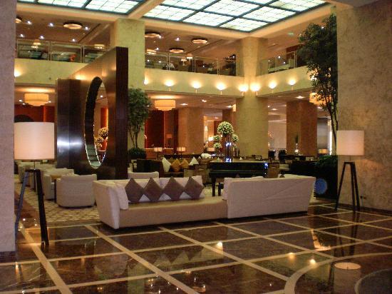 Grosvenor House Dubai: Reception