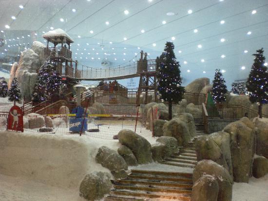 Grosvenor House Dubai: Ski Slope in Mall of the Emirates