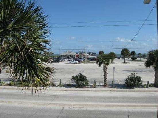 Days Inn Cocoa Beach Port Canaveral: Oceanfront view