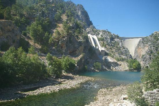Oymapinar Dam: The Dam