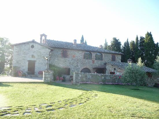 Casale San Lorenzo: A view of the villa
