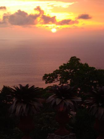 Zephyr Palace Luxury Rental Mansion: Sunset from Villa Caletas Amphitheatre