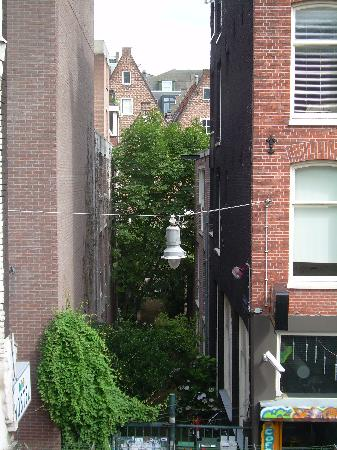 Hostel Cosmos Amsterdam: View from the fire escape