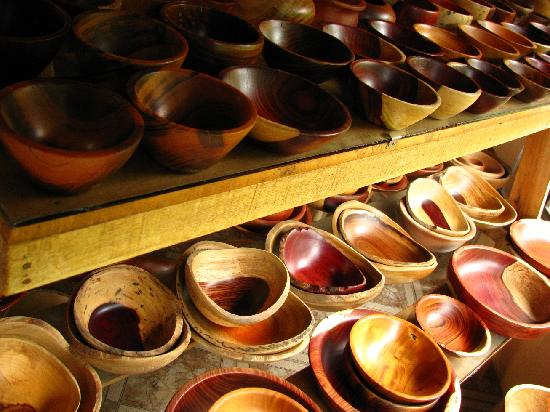 TreeTop House: some of the bowls at the rosewood shop I mentioned