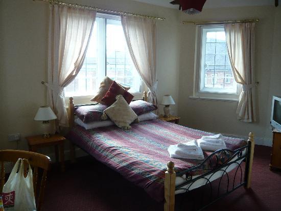 Qudos Hotel: room 2