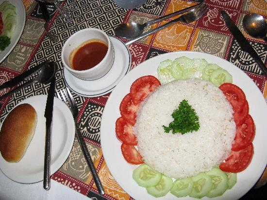SG Resort Hotel: Fancy serving of plain rice
