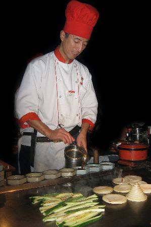 Benihana: Samurai Chef at Work