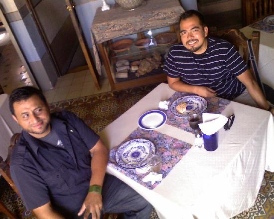 Casa Mexilio Guest House: Satisfechos