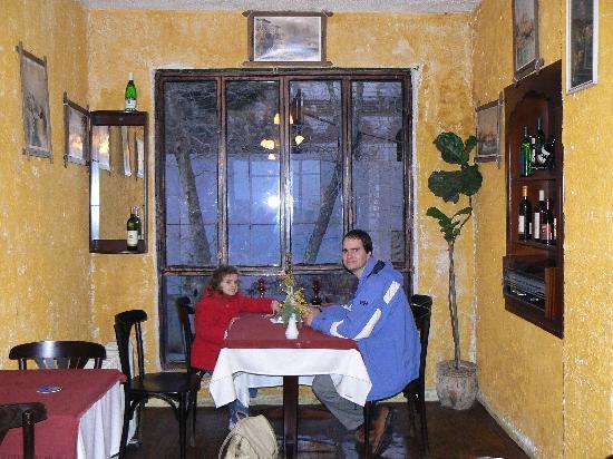 Oceans 7  Restaurant: Derek and Freya in Oceans 7