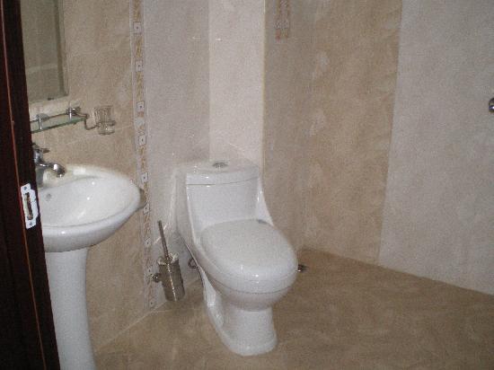 Kiten, Bulgária: Salle de bains