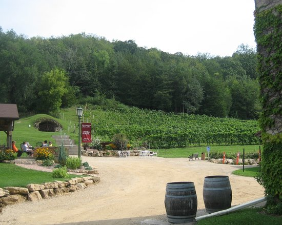 Prairie du Sac, WI: View of winery