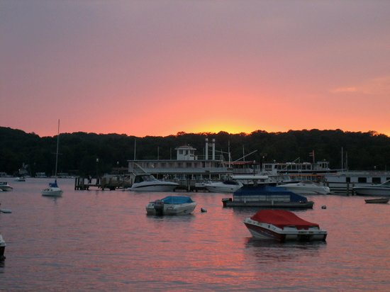 Lake Geneva, WI: Harbor at Sunset