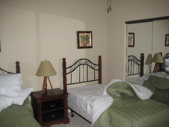 Bella Piazza Condominiums: Other Bedroom