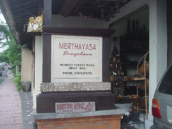 Merthayasa Bungalows