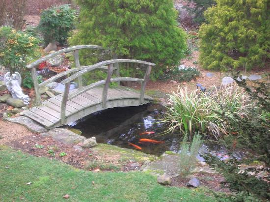 At Cumberland Falls Bed And Breakfast Inn: The Bridge Over The Koi Pond
