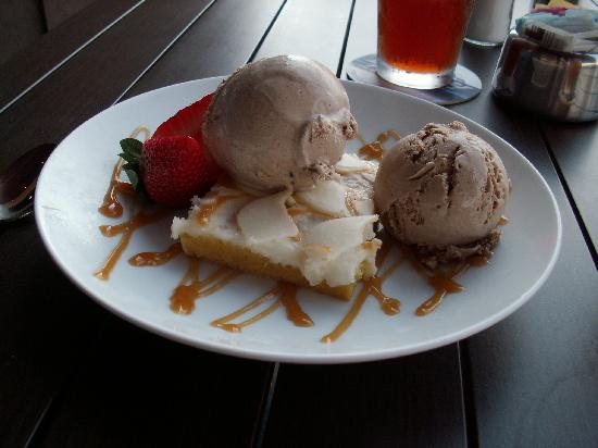 Baxter's Lakeside Grille: dessert