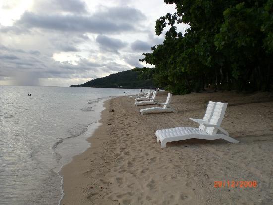 Malolo Island Resort: the strech of beach to yourself