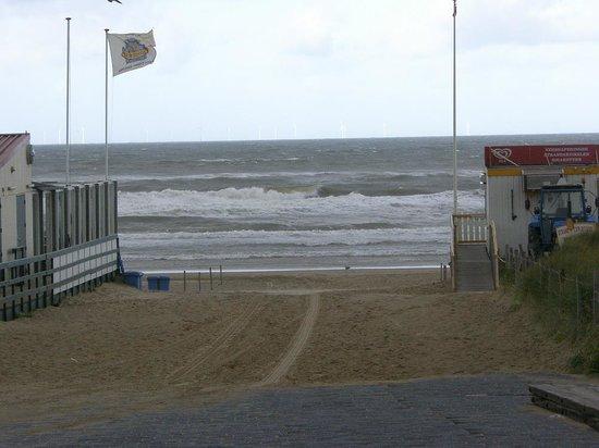 Hotel Zuiderduin: Bei hohem Seegang ist das Baden verboten