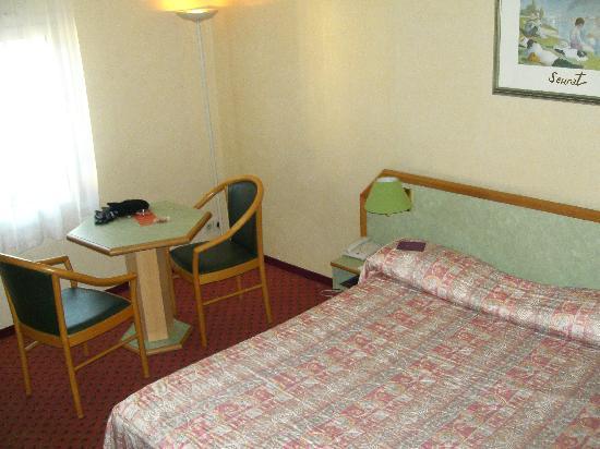 Hotel Mercure Trouville Sur Mer : The room