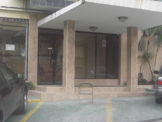 Andino Hotel: Entrance