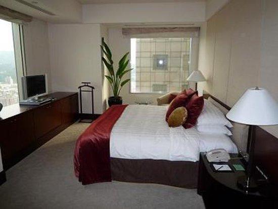 Shangri-La's Far Eastern Plaza Hotel Taipei: ベッドスペース