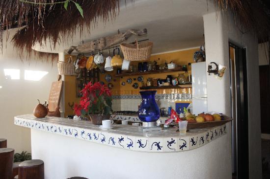 Lo Nuestro Petite Hotel: bar
