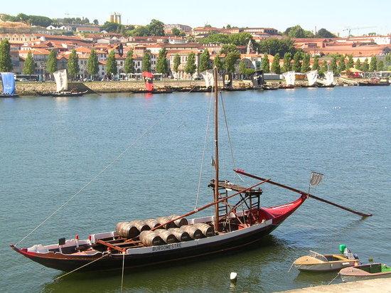 Porto - transport du porto (vin)