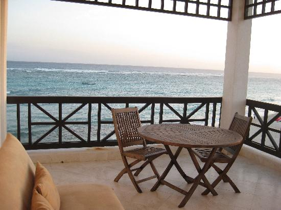 Silver Point Hotel: View of Balcony