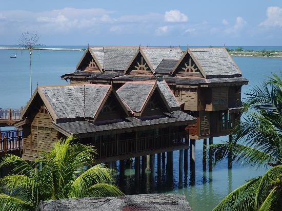 Langkawi Lagoon Resort: chambres sur pilotis
