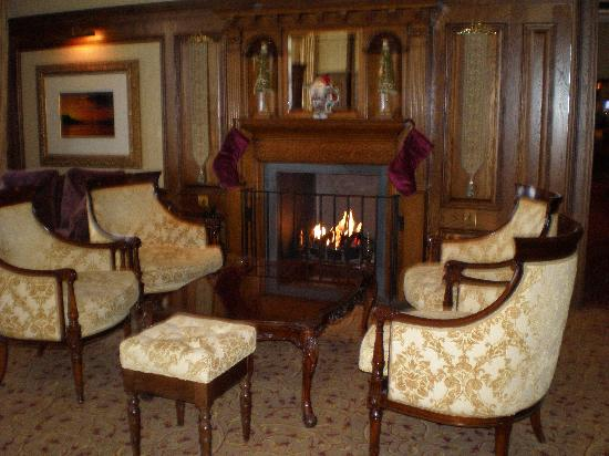 Lough Erne Resort: The Drawing Room