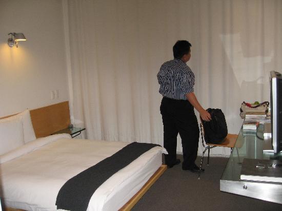 Hotel Habita: hotel room
