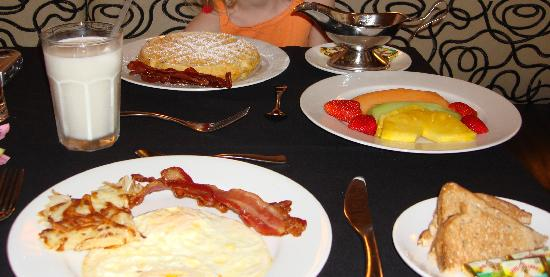New Orleans Marriott Metairie At Lakeway Breakfast Bistro 38 By Dominique Downstairs