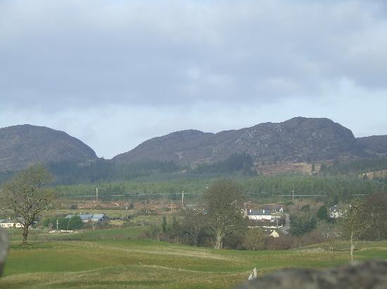 Castle Dargan: The lovely views/landscape