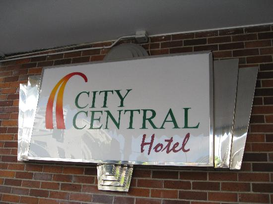 Econo Lodge City Central: hotel sign