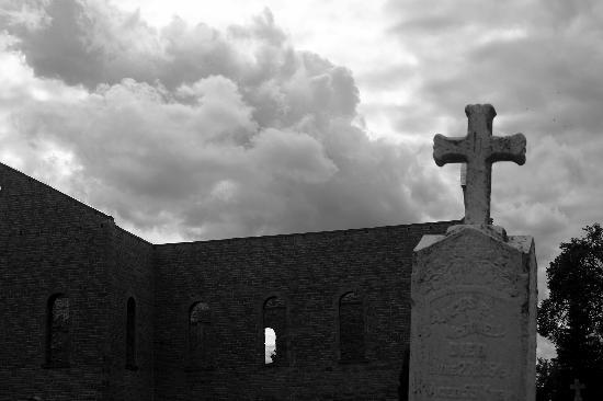 St. Raphael's Ruins: Memmento Mori