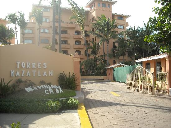 Torres Mazatlan Resort Entrance