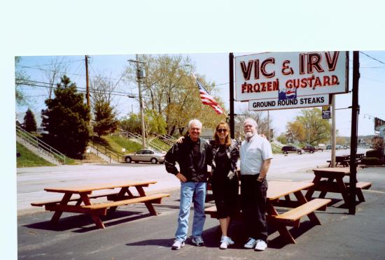 Vic and Irv's: Vic & Irv's - May 2003