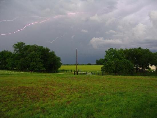 lightning near stillwater ok picture of stillwater. Black Bedroom Furniture Sets. Home Design Ideas