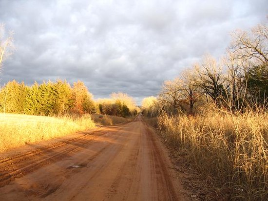 Dirt Road between Stillwater & Glencoe, OK