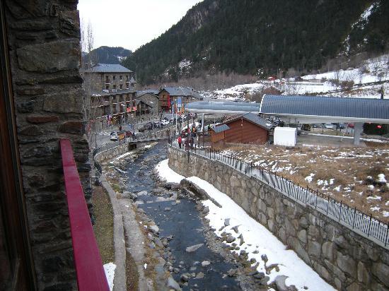 Aparthotel Poblado: View of Gondola from Poblado