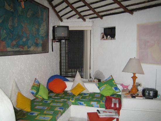 Villas Ixchel: ixchel sofa