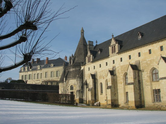 Fontevraud-l'Abbaye, France: The Abbaye Royale de Fontevraud