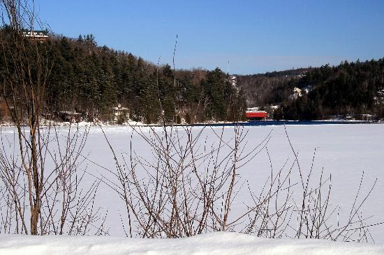 Wakefield, แคนาดา: The Frozen Gatineau